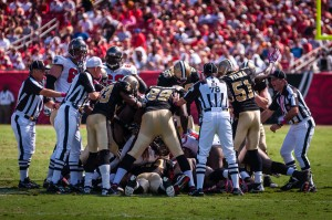 New Orleans Saints at Tampa Bay Buccaneers Ref breaks up tackle
